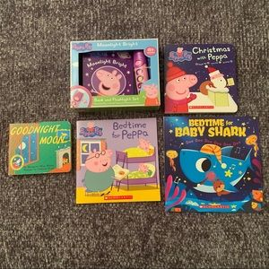 Peppa / Baby Shark / Book Lot